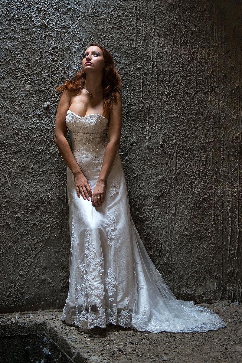 שמלת-כלה-לצילומי-טראש (4)
