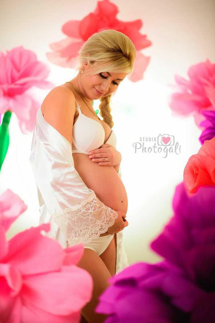 идеи для фотосессии беременных в студии