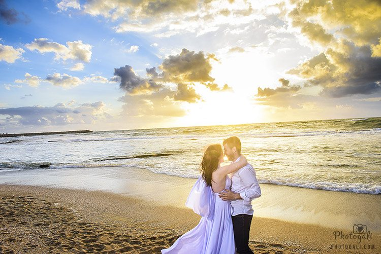 Trash the Dress session in Tel Aviv