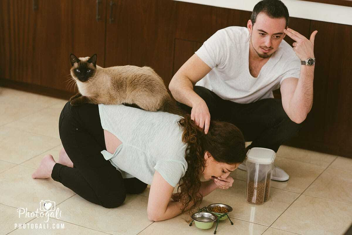 תמונות מצילומי הריון מצחיקים בבית